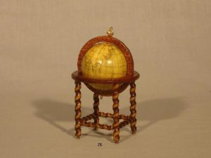 76. Large Globe (Barley Twist)